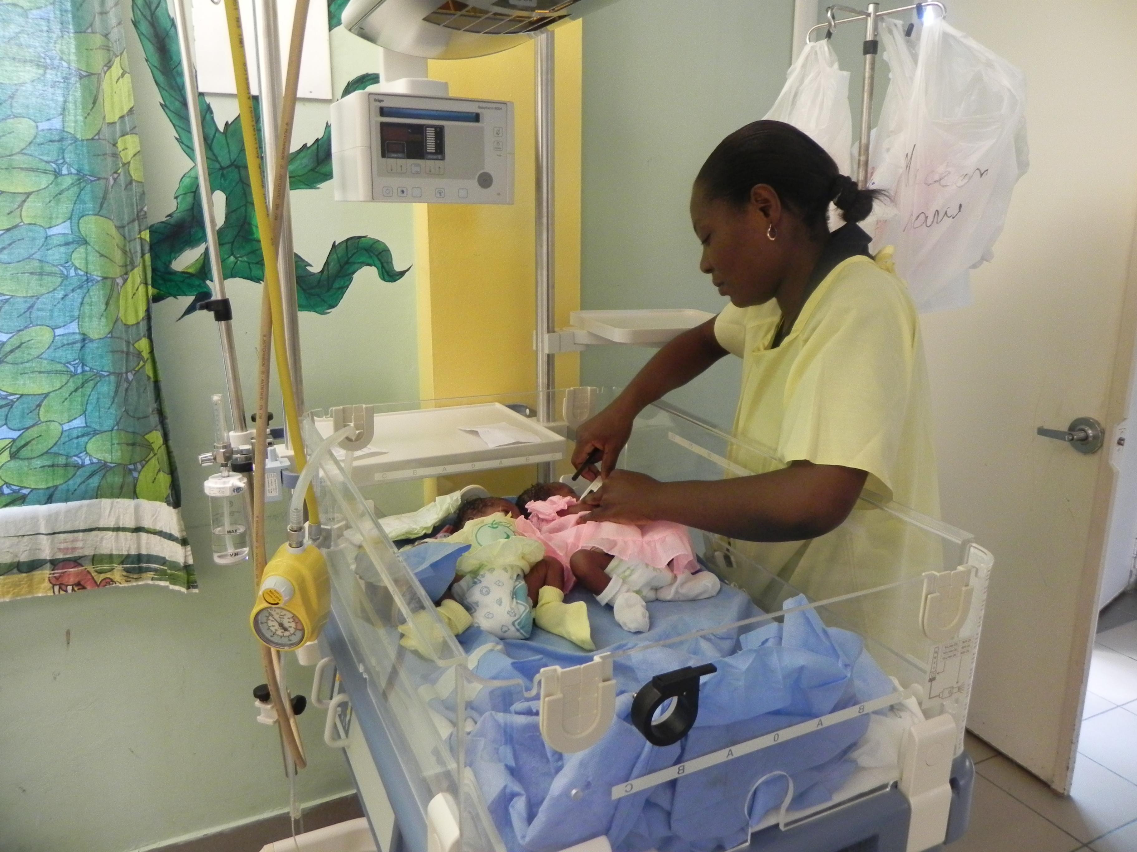 Sala Parto Ospedale Papa Giovanni Xxiii Bergamo : Ospedale san paolo sale parto operative dopo cedimento soffitto