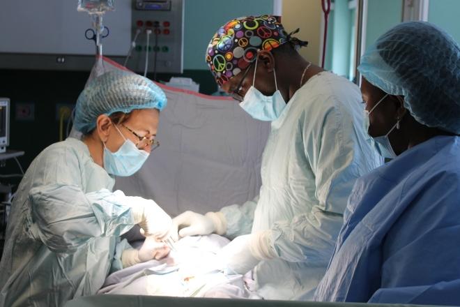 Maria Grazia, chirurgo in Haiti.JPG
